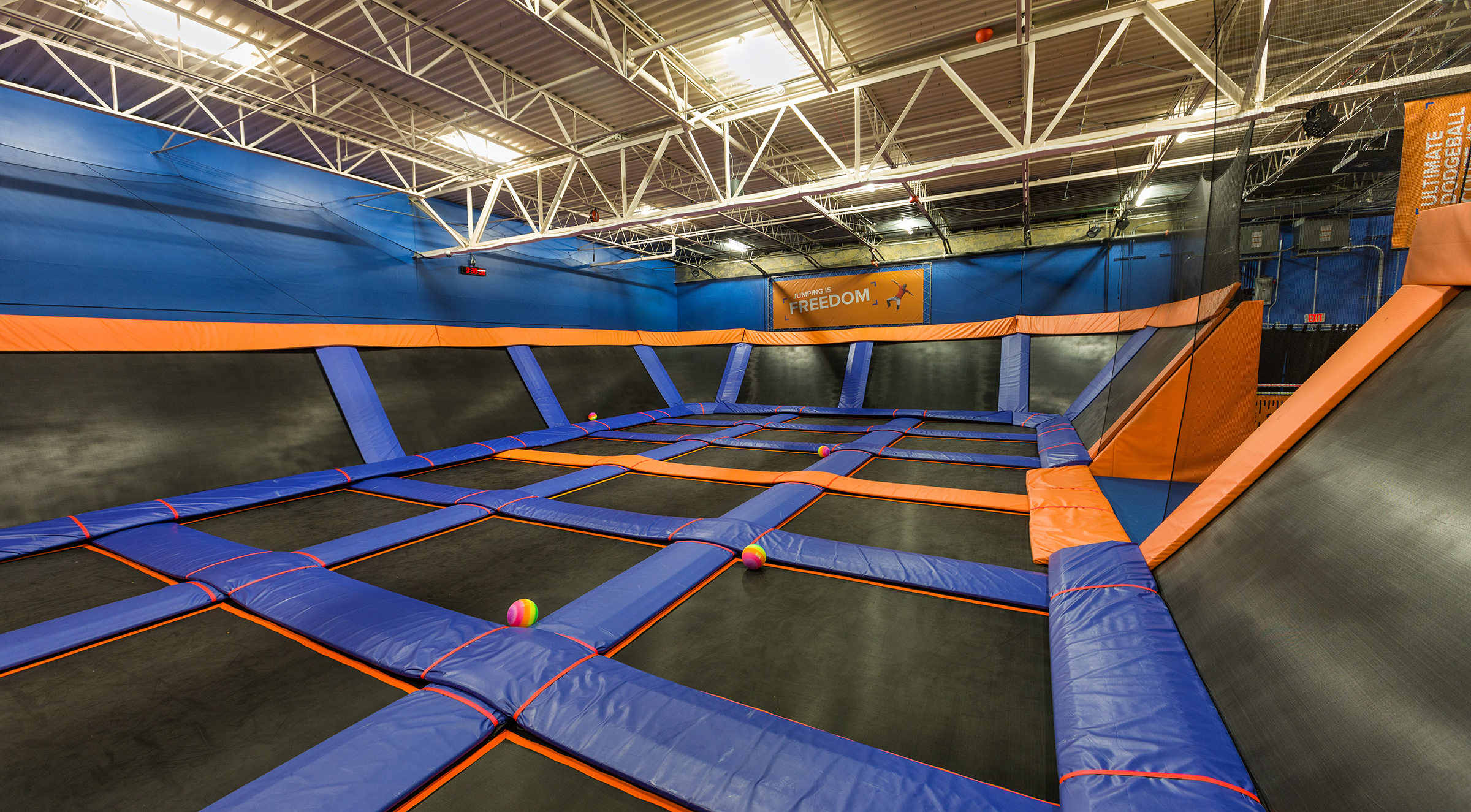 Sky Zone Va Beach5129