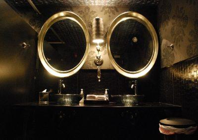 the-wine-loftbathroom